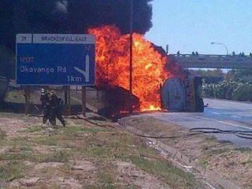 N1 Closed , Petrol Tanker explosion